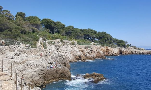 Coast Walk: the Cap d'Antibes