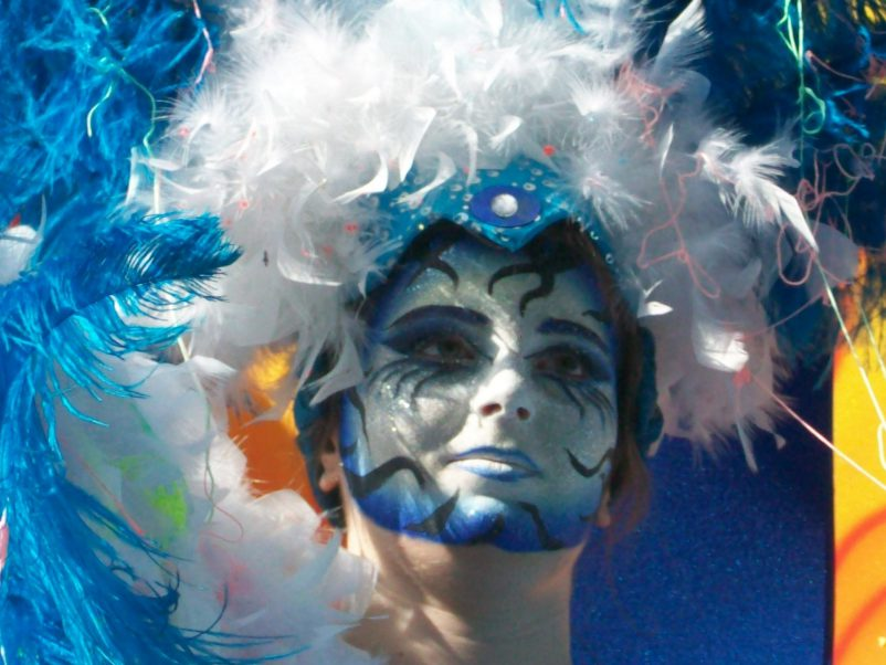 carnival blue face