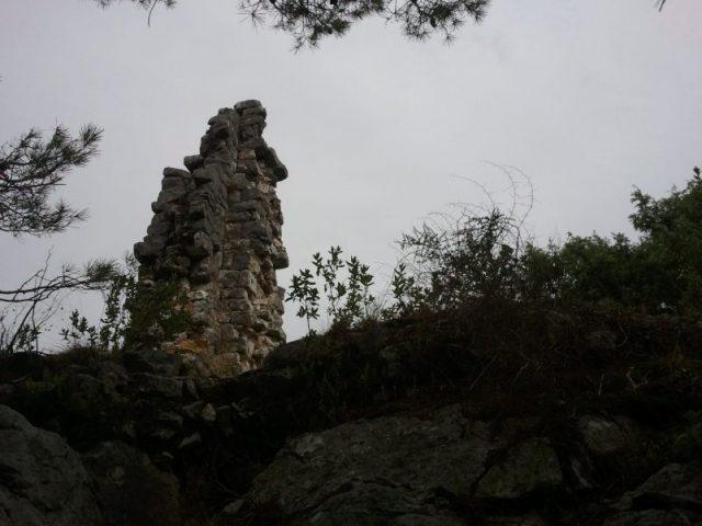 ruins Castellas Roquefort les Pins