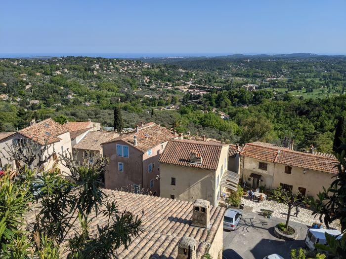 Châteauneuf, my Secret Hill Village