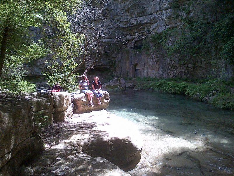 secret paradise river walk | Lou Messugo