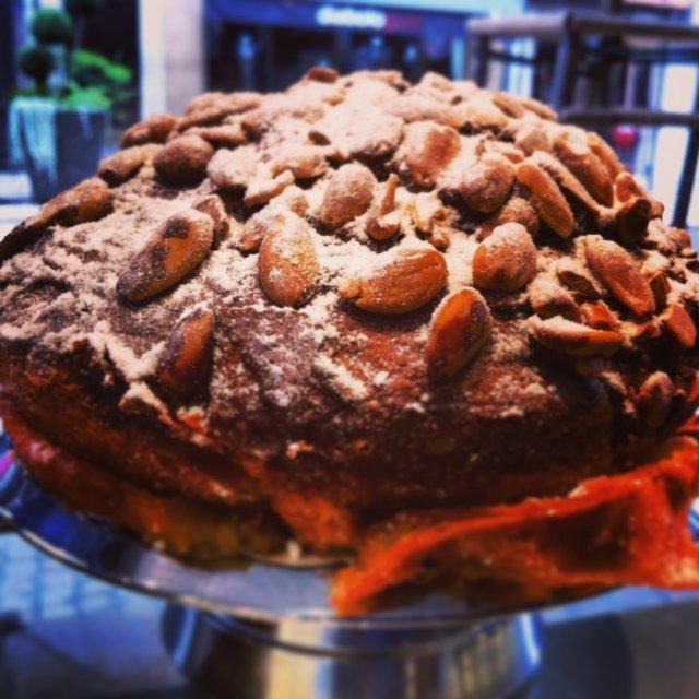 Craquelin – a cracking good cake!