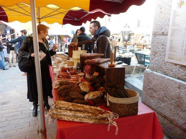 marché_Valbonne