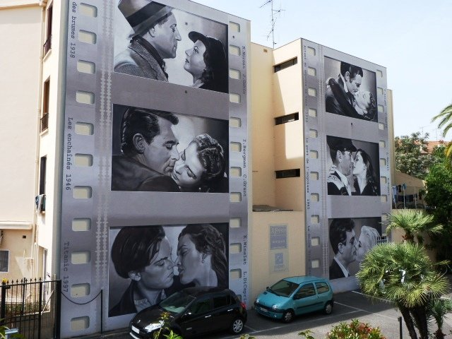 Cannes wall painting kisses