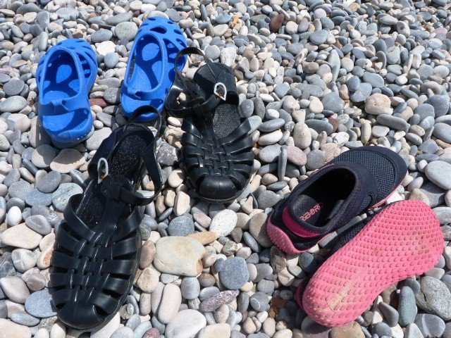 beach shoes pebble beach french riviera | Lou Messugo