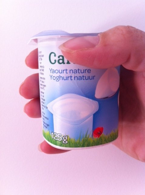 yogurt pot for yogurt cake
