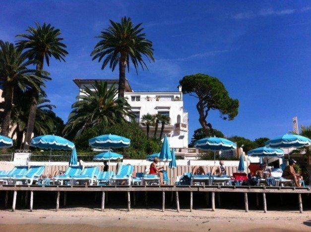 beach Juan Les Pins 02