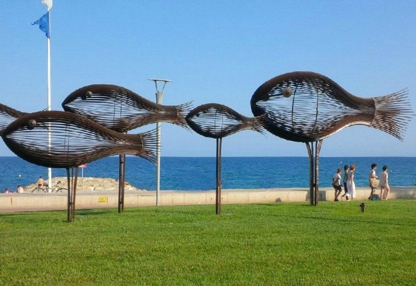 shoal of fish sculpture Cagnes sur Mer