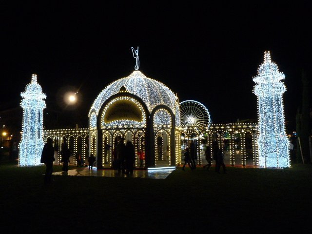 Nice-Christmas-illuminations-01