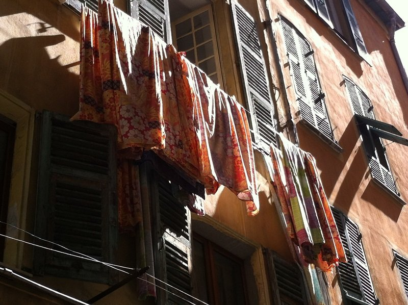 Nice Old Town shutters and laundry