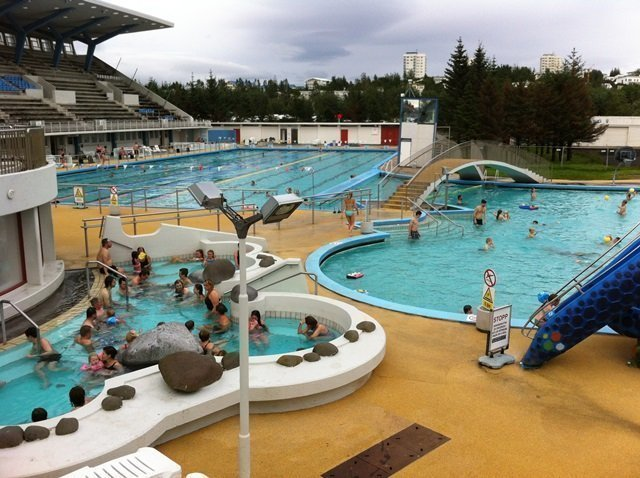 municipal pool in Iceland 4
