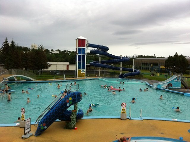 municipal pool in Iceland 5