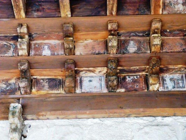Fréjus_wooden_bestiary