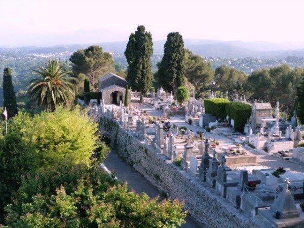 St Paul de Vence cemetery