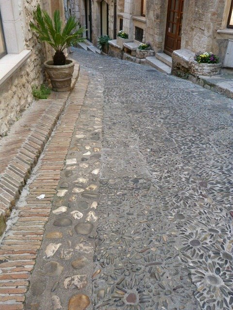 cobbled street in St Paul de Vence