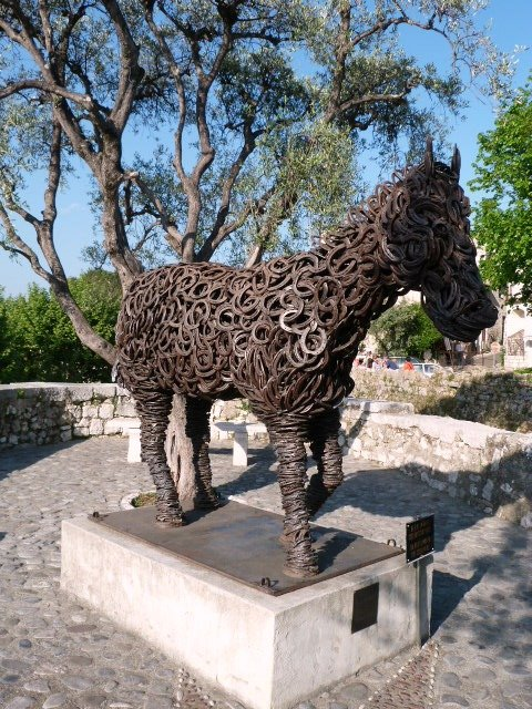 horse sculpture St Paul de Vence