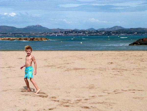 Esclamandes beach St Aygulf | Lou Messugo