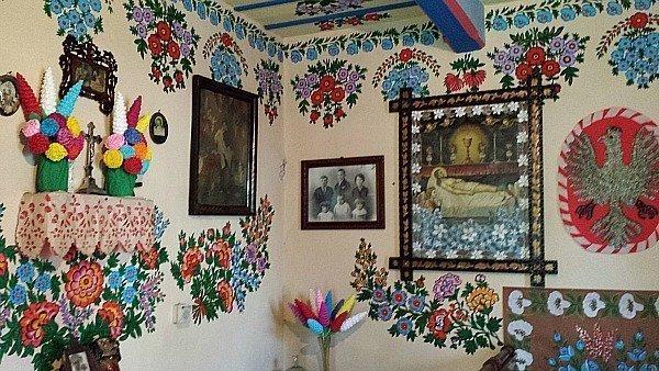 Zalipie inside house of Felicja Curyłowa