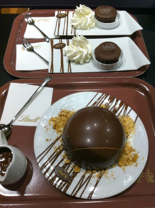 chocolate bomb dessert