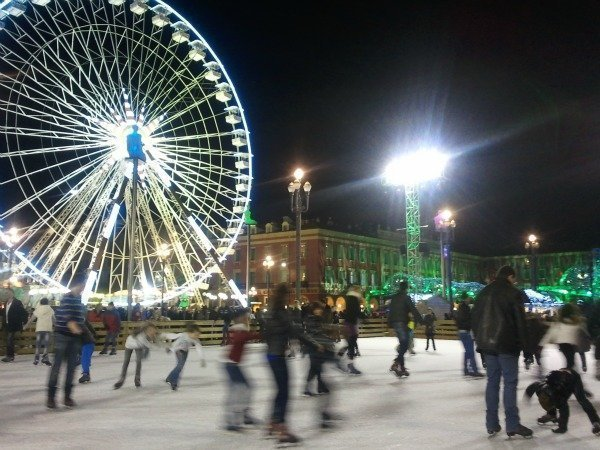 Christmas skating in Nice