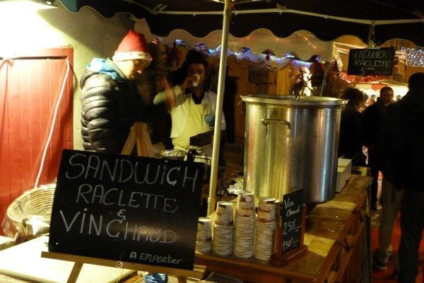 Valbonne Christmas market vin chaud