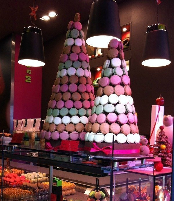 Christmas macarons in Cannes French Riviera