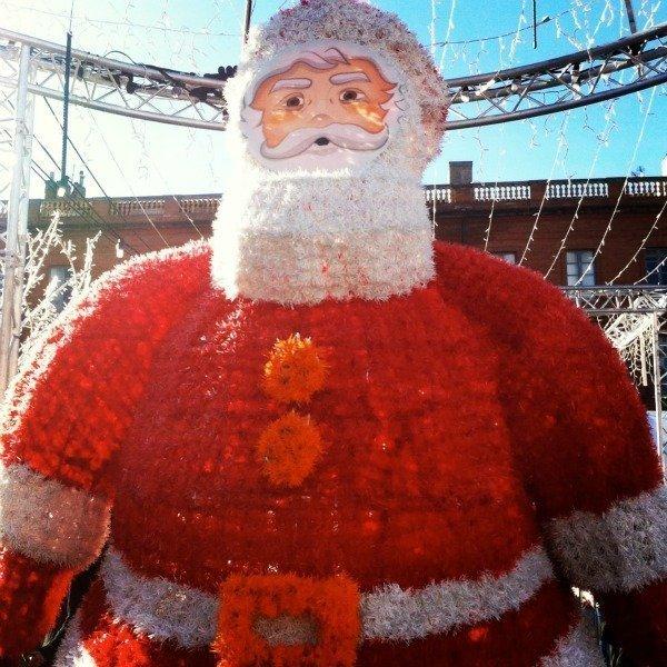 love Christmas in France giant santa