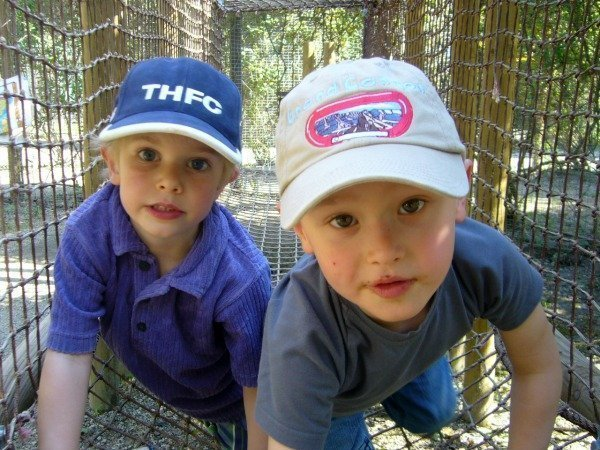 boys at bois des lutins