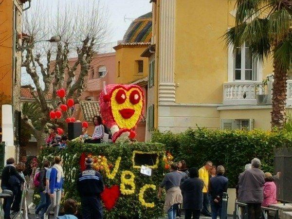 Vence carnival flower floats
