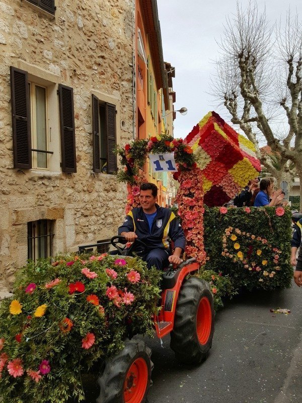 tractor at Vence carnival