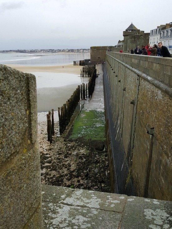 St Malo ramparts Bretagne