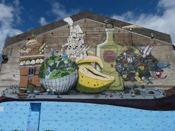 banana street art Nantes