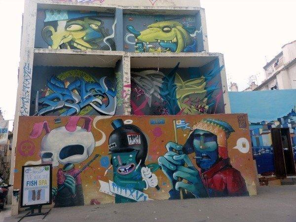 panier street art murals