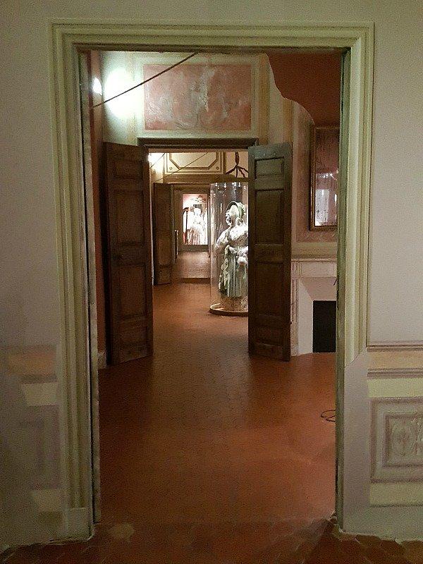 visit museums Grasse