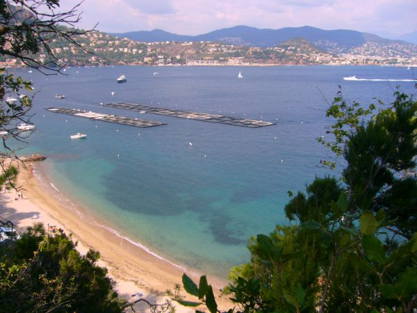TOP 12 favourite beaches on the French Riviera