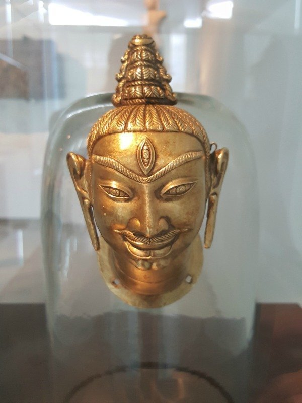 golden Shiva head