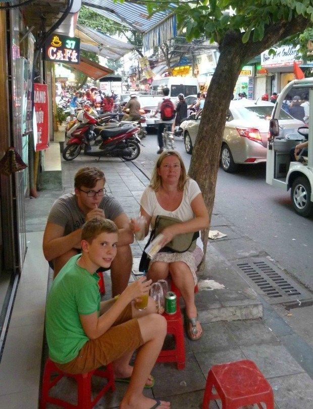 street café Hanoi