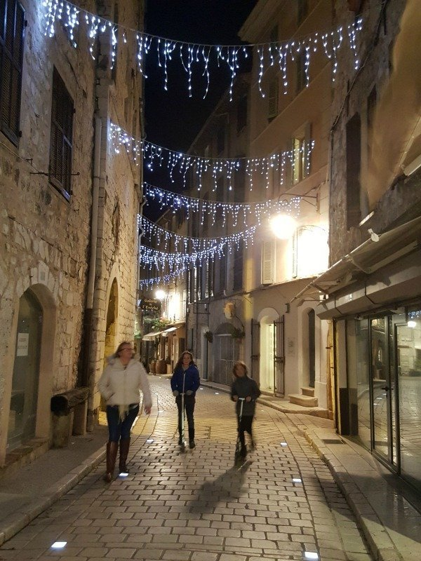 Christmas French Riviera Vence | Lou Messugo