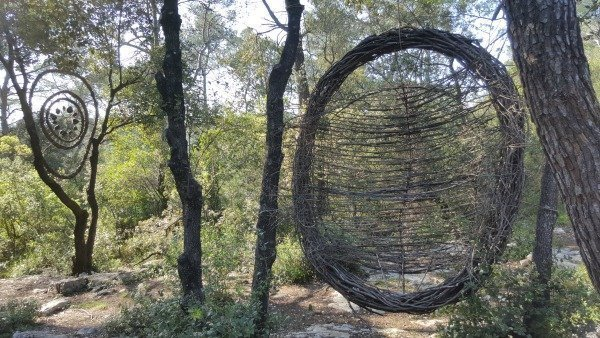 forest sculpture la Colle sur Loup