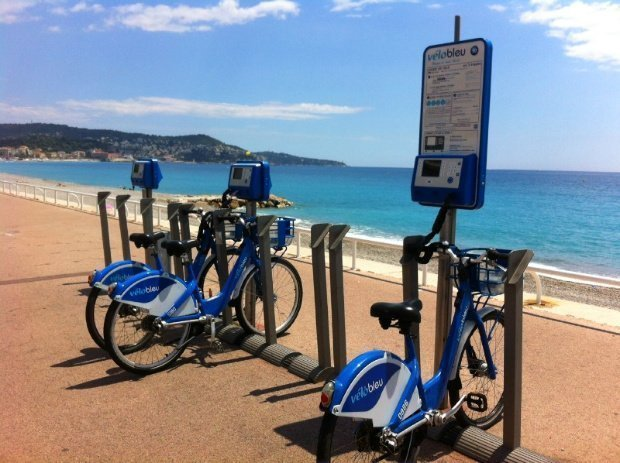 Cycling in Nice – using a vélo bleu