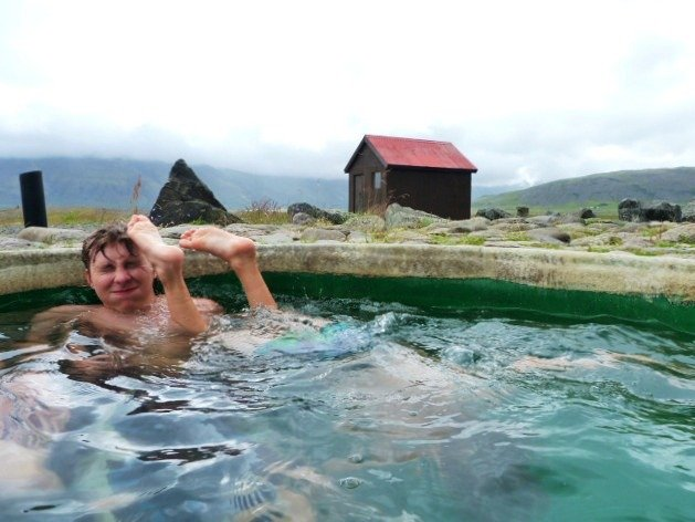 Hoffell_hot_pots_near_Höfn_Iceland