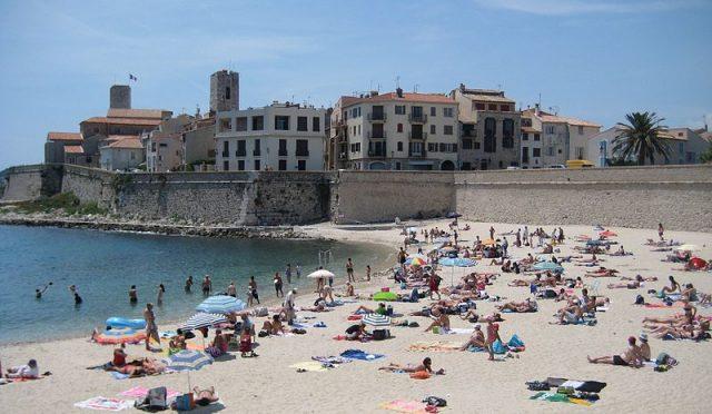 Gravette beach Côte d'Azur