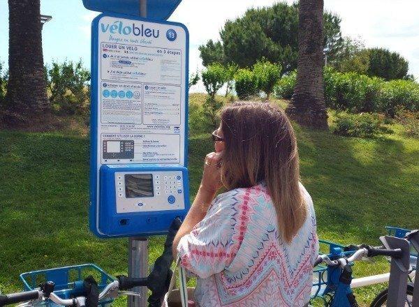 vélo bleu Nice | Lou Messugo