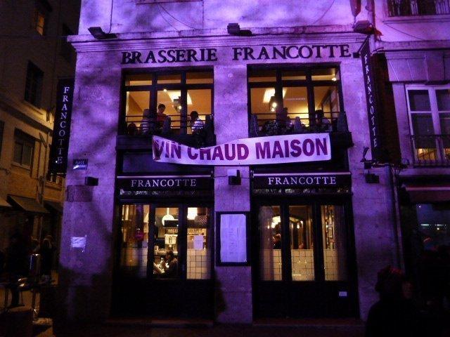 vin_chaud_for_sale_at_fête_des_lumières_lyon