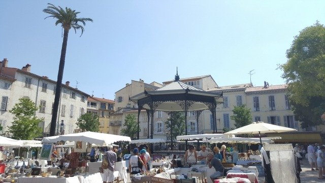 Place Nationale Antibes