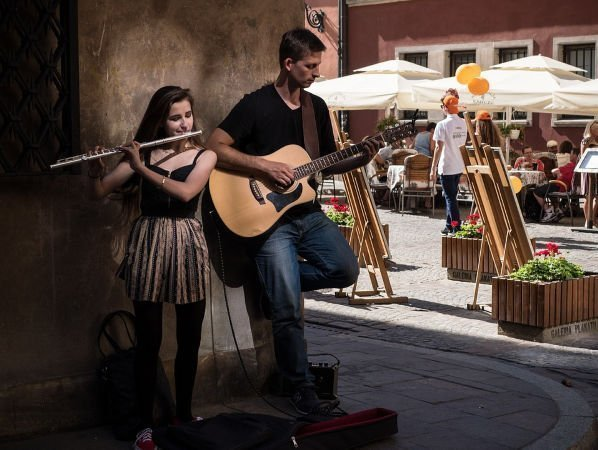 musicians playing in street