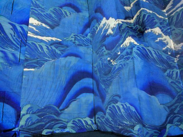 Hokusai Wave immersive exhibition | Lou Messugo