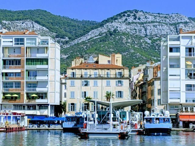 Toulon is it worth a visit | Lou Messugo