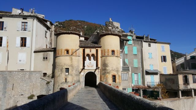 Entrevaux Royal Gate | Lou Messugo