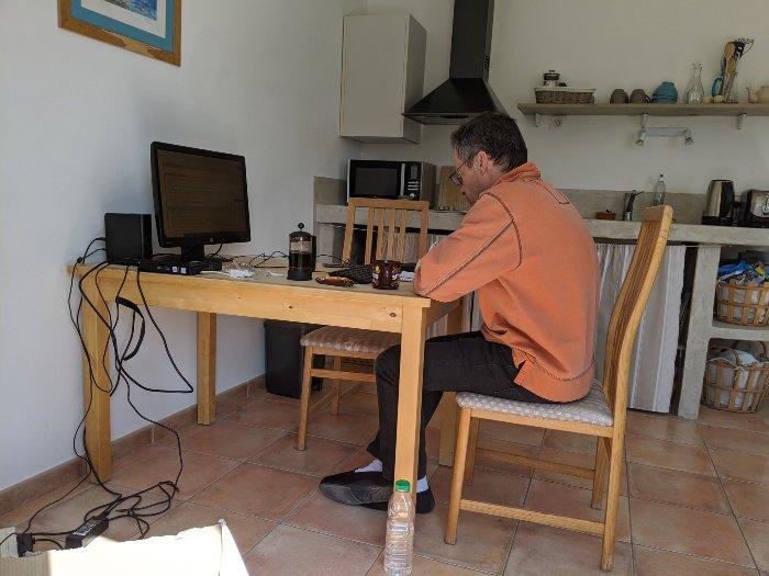 lockdown life home office | Lou Messugo